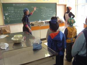 食育出前授業 昔のお菓子作り