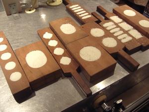 らくがん 木型抜き 「150年前のお菓子づくり講習会」